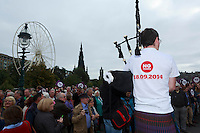 A piper play when Jim Murphy arrived for his speech.<br /> MP to resume referendum campaign tour. Jim Murphy to make the case for the United Kingdom during his 100 Streets in 100 Days project<br /> Pako Mera/Universal News And Sport (Europe) 02/09/2014