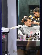 Manchester City goalkeeper Ederson has his haircut - 12 Jan 2018