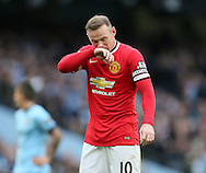 Manchester United's Wayne Rooney looks on dejected<br /> <br /> - Barclays Premier League - Manchester City vs Manchester Utd - Etihad Stadium - Manchester - England - 2nd November 2014  - Picture David Klein/Sportimage