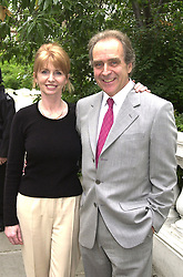 Actress JANE ASHER and her husband MR GERALD SCARFE,<br />  at a party in London on 5th July 2000.OGB 79<br /> © Desmond O'Neill Features:- 020 8971 9600<br />    10 Victoria Mews, London.  SW18 3PY <br /> www.donfeatures.com   photos@donfeatures.com<br /> MINIMUM REPRODUCTION FEE AS AGREED.<br /> PHOTOGRAPH BY DOMINIC O'NEILL