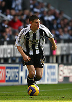 Photo: Andrew Unwin.<br /> Newcastle United v Portsmouth. The Barclays Premiership. 26/11/2006.<br /> Newcastle's James Milner.