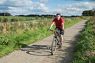 Cycling on the High Peak Trail near Brundcliffe