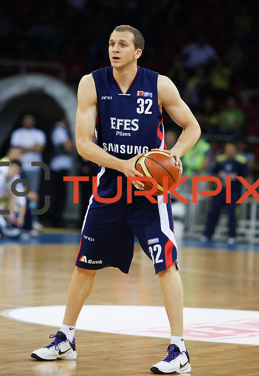 Efes Pilsen's Sinan GULER during their Turkish Basketball league Play Off Final third leg match Fenerbahce Ulker between Efes Pilsen at the Abdi Ipekci Arena in Istanbul Turkey on Tuesday 25 May 2010. Photo by Aykut AKICI/TURKPIX