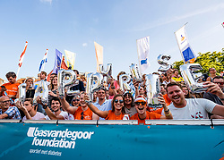 17-07-2018 NED: CEV DELA Beach Volleyball European Championship day 3<br /> Support voor Jasper Bouter #2 NED en Christiaan Varenhorst #1 NED