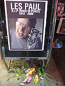 Les Paul, Rock & Roll Icon, dies at 94 in New York on August 13, 2009