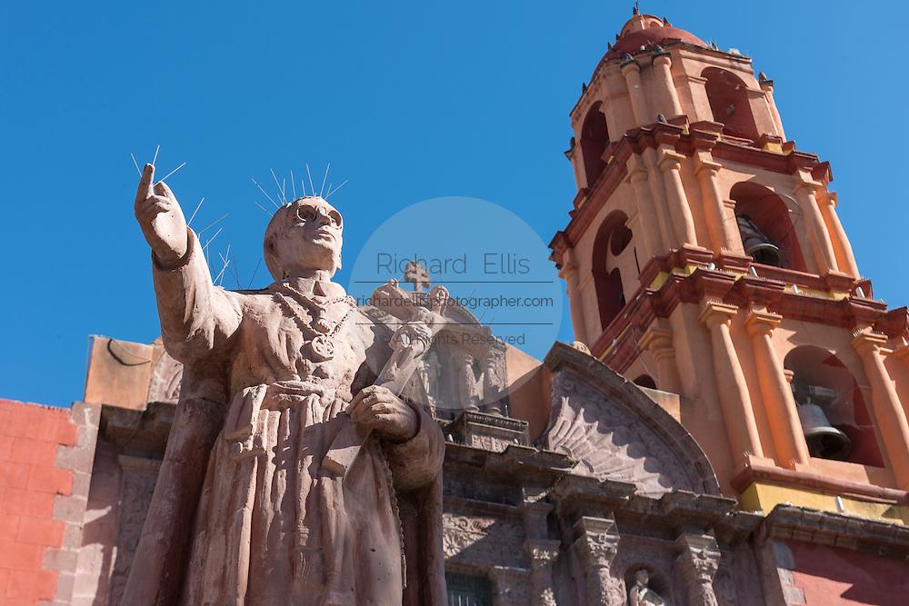 Statue of San Felipe Neri in front of the Oratorio of San Felipe Neri church in the colonial UNESCO heritage city of San Miguel de Allende, Mexico.