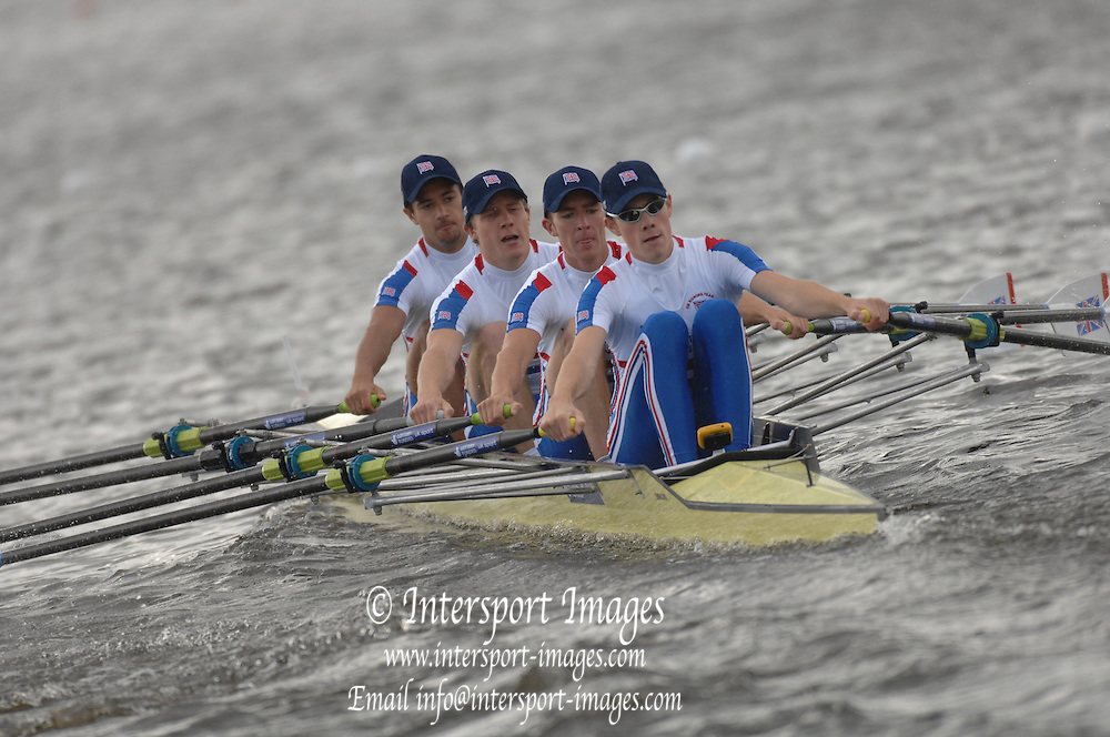 Motherwell, SCOTLAND.  GBR BLM4X, ,Bow Henry CHIN, Bob HEWITT, Adam FREEMAN-{SK and Christopher BODDY,  move away from the start,   at the  2007 FISA U23 [Senior B] World Championship Regatta, Strathclyde Country Park.  {date} [Mandatory credit Peter Spurrier/ Intersport Images].