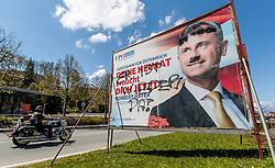"05.05.2016, Fieberbrunn, AUT, Präsidentschaftswahl 2016, Hofer Plakat Schmierereien, im Bild beschmiertes Wahlplakat des Präsidentschaftskandidaten Norbert Hofer (FPÖ). Es wurde ein Hitler-Bart und die Aufschrift ""Er ist wieder da"" aufgesprüht // smeared election poster of presidential candidate Norbert Hofer (FPÖ). There was a Hitler beard and the inscription ""He's back"" sprayed at Fieberbrunn, Austria on 2016/05/05. EXPA Pictures © 2016, PhotoCredit: EXPA/ JFK"
