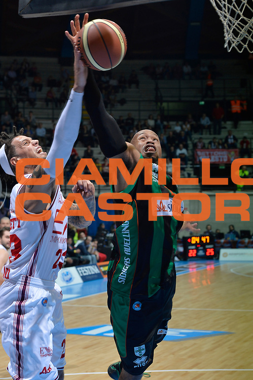 DESCRIZIONE : Final Eight Coppa Italia 2015 Desio Quarti di Finale Olimpia EA7 Emporio Armani Milano - Sidigas Scandone Avellino<br /> GIOCATORE : Sundiata Gaines Daniel Hackett<br /> CATEGORIA : rimbalzo <br /> SQUADRA : Sidigas Avellino EA7 Emporio Armani Milano<br /> EVENTO : Final Eight Coppa Italia 2015 Desio<br /> GARA : Olimpia EA7 Emporio Armani Milano - Sidigas Scandone Avellino<br /> DATA : 20/02/2015<br /> SPORT : Pallacanestro <br /> AUTORE : Agenzia Ciamillo-Castoria/Max.Ceretti