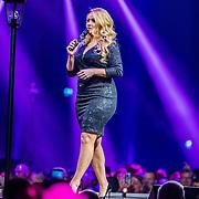 NLD/Amsterdam/20200306 - Holland Zingt Hazes 2020, Samantha Steenwijk