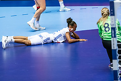 Estelle Nze Minko of France, Viktoriia Kalinina of Russia in action during the Women's EHF Euro 2020 match between France and Russia at Jyske Bank BOXEN on december 11, 2020 in Kolding, Denmark (Photo by RHF Agency/Ronald Hoogendoorn)