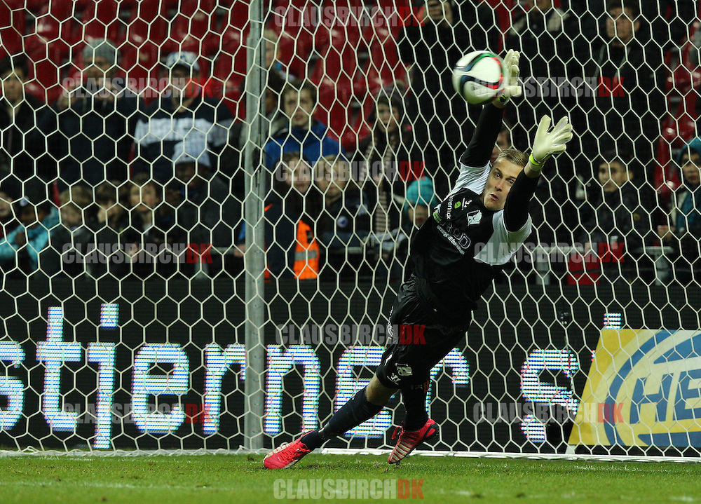 Karl-Johan Johnsson of Randers FC is close to save a penalty in the shootout during the Danish DBU Pokalen Cup match between FC København and Randers FC at Telia Parken on March 5, 2015 in Copenhagen, Denmark. (Photo by Claus Birch)