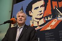 """11 MAY 2012, BERLIN/GERMANY:<br /> Horst Seehofer, CSU, Ministerpraeisdent Bayern, eroeffnet die Ausstellung """"Goetterdaemmerung - Koenig Ludwig II. und seine Zeit"""", Bundesrat<br /> IMAGE: 20120511-02-004"""