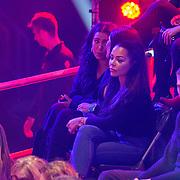 NLD/Amsterdam/20181031 - Boxingstars 2018, 1e aflevering, Amanda Tsatsos - Balk met vriendinnen