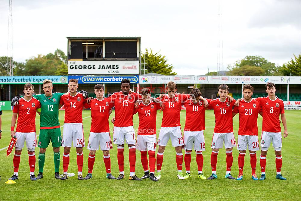RHYL, WALES - Monday, September 4, 2017: Wales players line-up for the national anthem before an Under-19 international friendly match between Wales and Iceland at Belle Vue. L-R: captain Mitchell Clark, goalkeeper George Ratcliffe, Brandon Cooper, Sion Spence, Adam Sharif, Kieran Holsgrove, Rhys Norrington-Davies, Daniel Mooney, Dylan Levitt, Keiran Evans, Robbie Burton. (Pic by Paul Greenwood/Propaganda)