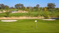 WINKEL (Hollands Kroon)   - Hole 7, Golfbaan Regthuys. Golf & Country Club Regthuys is een Nederlandse golfclub in Winkel. De golfbaan, die ontworpen is door Alan Rijks en Aart Bergsma, werd geopend in 2006.    COPYRIGHT KOEN SUYK