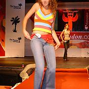 Miss Nederland 2003 reis Turkije, Leonie Klip