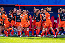 15-06-2019 FRA: Netherlands - Cameroon, Valenciennes<br /> FIFA Women's World Cup France group E match between Netherlands and Cameroon at Stade du Hainaut / Renate Jansen #13 of the Netherlands, Daniëlle van de Donk #10 of the Netherlands, Victoria Pelova #12 of the Netherlands, Ellen Jansen #17 of the Netherlands