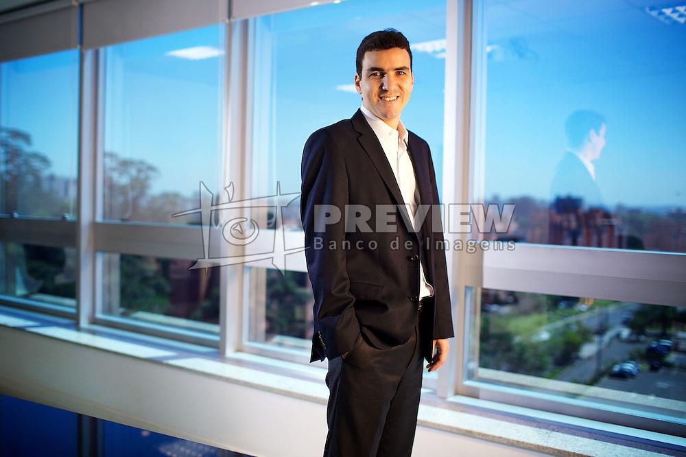 Luciano Bocorny Correa é sócio da CFL, empresa que vai investir R$ 250 milhões em um complexo em Florianópolis com torres comerciais, supermercado, banco, restaurante e academia. FOTO: Jefferson Bernardes/Preview.com