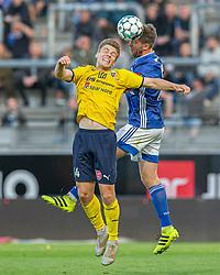 Martin Ørnskov (Lyngby Boldklub) og Mikkel M. Pedersen (Hobro IK) under kampen i 3F Superligaen mellem Lyngby Boldklub og Hobro IK den 20. juli 2020 på Lyngby Stadion (Foto: Claus Birch).