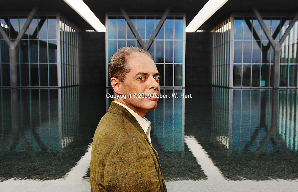 """Cuban-born composer and librettist, Jorge Martin, at The Modern (Fort Worth Modern Art Museum) where he spoke about his new opera, """"Before Night Falls"""" based on the autobiography of Reinaldo Arenas. Martin's opera will premier at the Fort Worth Opera's May 2010 festival."""
