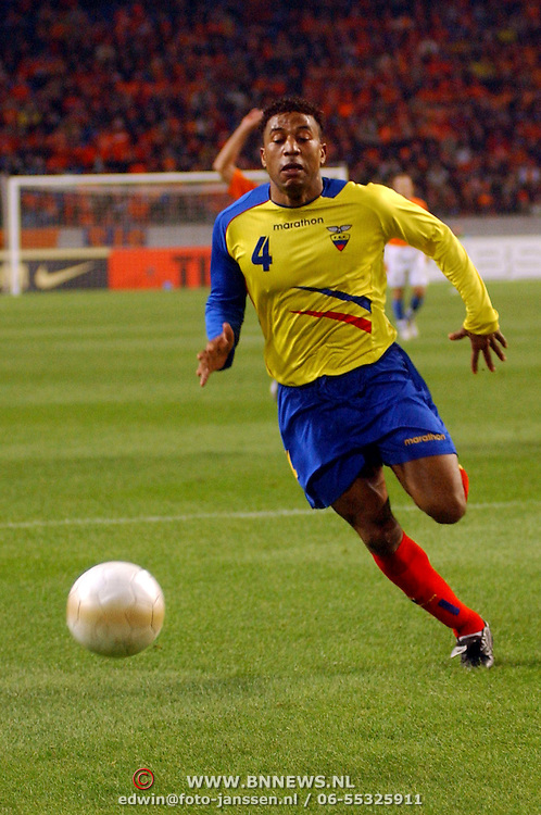 NLD/Amsterdam/20060301 - Voetbal, oefenwedstrijd Nederland - Ecuador, Ulsises de la Cruz