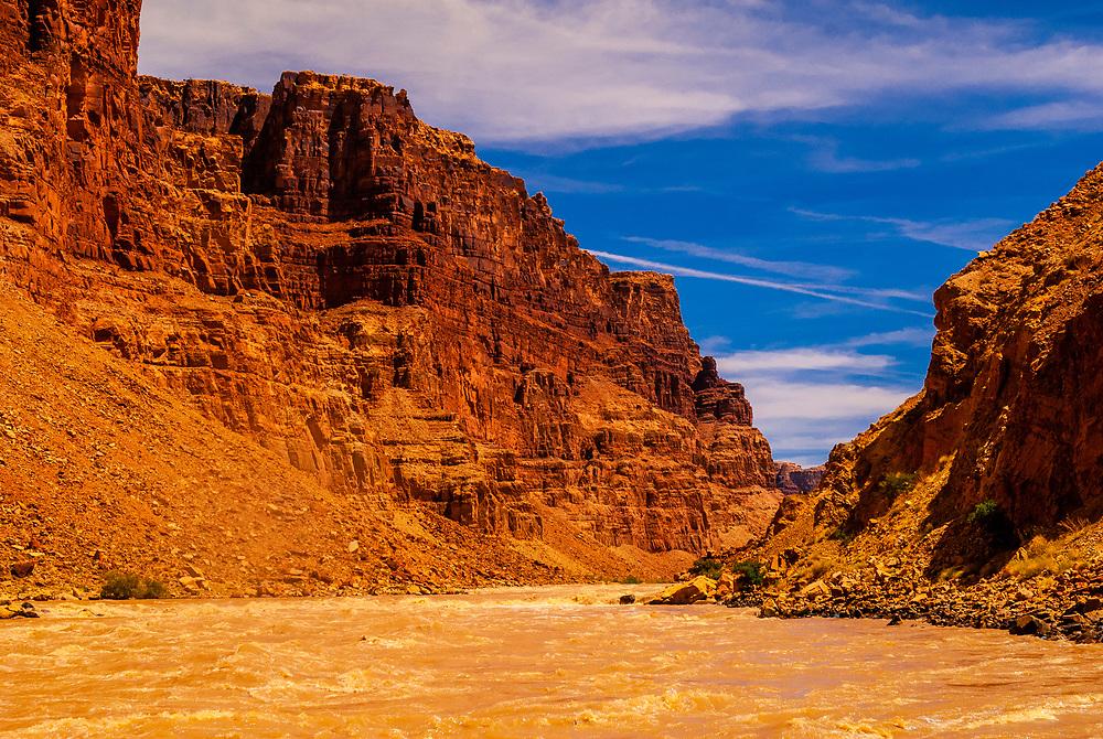 Big Drop Rapids, Cataract Canyon, Colorado River, Glen Canyon National Recreation Area, Utah USA