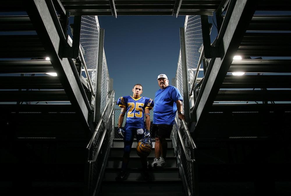 Photo by Alex Jones..Valley View Tigers: #25 Luis Banda, running back, Head Coach Dave Evans