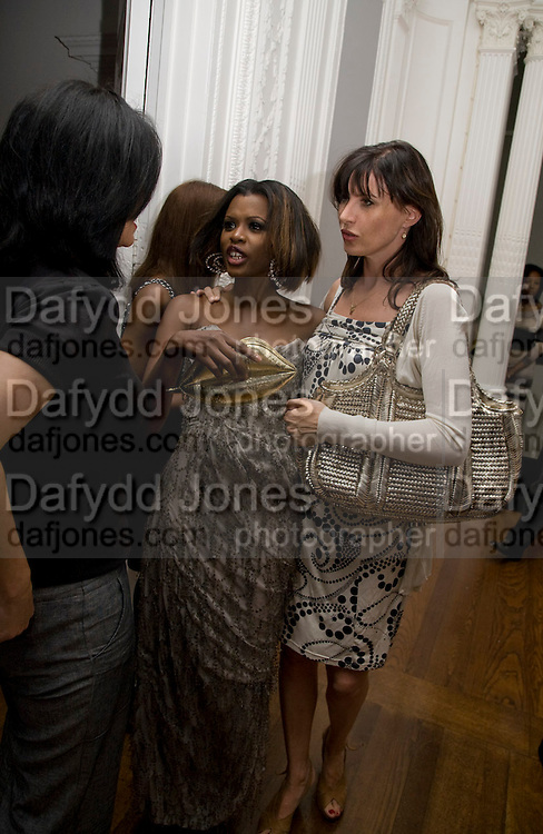 JUNE SARPONG; RONNI ANCONA, June Sarpong  celebrates launch of her new political website, PoliticsAndTheCity.com. Institute Of Contemporary Arts (ICA), The Mall, London, SW1 8 July 2008 *** Local Caption *** -DO NOT ARCHIVE-© Copyright Photograph by Dafydd Jones. 248 Clapham Rd. London SW9 0PZ. Tel 0207 820 0771. www.dafjones.com.