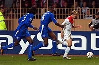 FOOTBALL - CHAMPIONS LEAGUE CUP 2003/04 - 1/2 FINAL 1ST LEG - 20/04/2004 - AS MONACO v CHELSEA FC - JEROME ROTHEN (MON) / MARCEL DESAILLY (CHE) - PHOTO PHILIPPE LAURENSON / FLASH PRESS