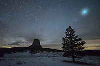 "Thin clouds caused a large halo to appear around the planet Jupiter. It reminded me of the movie, ""Close Encounters of the Third Kind,"" which was filmed at Devil's Tower."