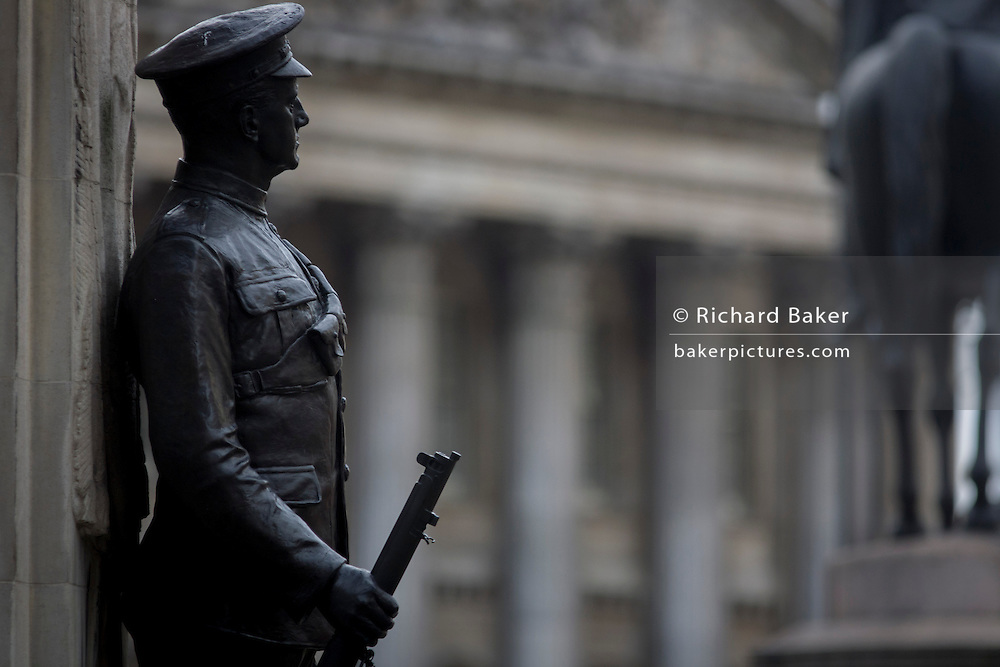War memorial hero and Mansion House frontage in Cornhill, City of London remembering those killed in the First World War.