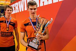 19-02-2017 NED: Bekerfinale Draisma Dynamo - Seesing Personeel Orion, Zwolle<br /> In een uitverkochte Landstede Topsporthal wint Orion met 3-1 de bekerfinale van Dynamo / Colin Zuijdgeest #4 of Orion