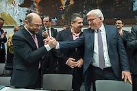 11 FEB 2017, BERLIN/GERMANY:<br /> Martin Schulz, SPD, Kanzlerkandidat, Sigmar Gabriel, SPD, Bundesaussenminister, Frank-Walter Steinmeier, SPD, Kandidat fuer das Amt des Bundespraesidenten, Thomas Oppermann, SPD Fraktionsvorsitzender, (v.L.n.R.), vor Beginn der SPD Fraktionssitzung am Vortag der Bundesversammlung, Reichstagsgebaeude, Deutscher Bundestag<br /> IMAGE: 20170211-02-040<br /> KEYWORDS: Applaus, applaudieren, klatschen, Handshake