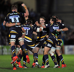 The Worcester Warriors team celebrate at the final whistle - Photo mandatory by-line: Patrick Khachfe/JMP - Mobile: 07966 386802 27/05/2015 - SPORT - RUGBY UNION - Worcester - Sixways Stadium - Worcester Warriors v Bristol Rugby - Greene King IPA Championship Play-off Final (Second leg)