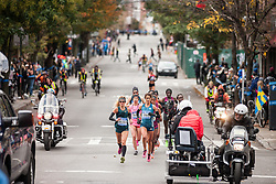 NYC Marathon, Straneo, Moreira lead pack mile 11