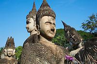 Laos, province de Vientiane, Xieng Khuan, bouddha parc, 1958, statue de Bouddha, sculptures hindoues et bouddhiques // Laos, Province of Vientiane, Xieng Khuan, Buddha Parc, 1958, statue of Buddha, hindou and buddhist sculpture