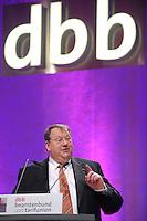 07 JAN 2008, KOELN/GERMANY:<br /> Peter Heesen, Bundesvorsitzender dbb, haelt eine Rede, Gewerkschaftspolitische Arbeitstagung des Deutschen Beamtenbundes, dbb, Messe Koeln<br /> IMAGE: 20080107-01-027<br /> KEYWORDS: Köln