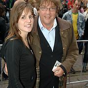 NLD/Amsterdam/20060626 - Premiere Over the Edge, Henk Westbroek en dochter Chrissie