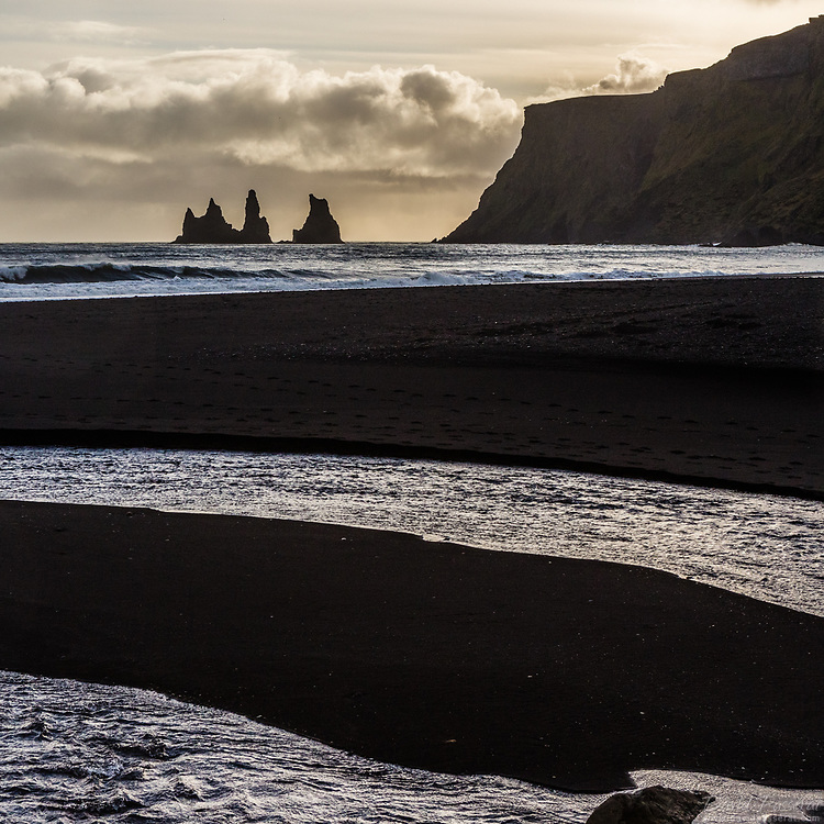 Vik beach and rocks