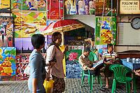 Myanmar (ex Birmanie), Yangon (Rangoon), marche Bogyoke Aung San // Myanmar (Burma), Yangon (Rangoon), Bogyoke Aung San market