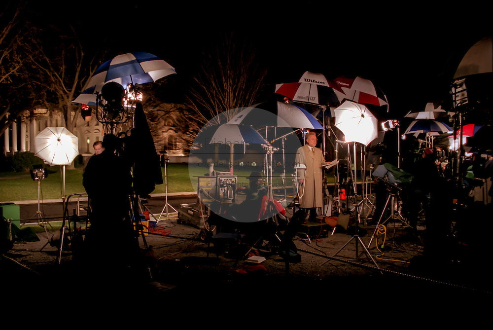 CNN reporter Wolf Blitzer broadcasts live from the front lawn of the White House October 25, 1999 in Washington, DC.