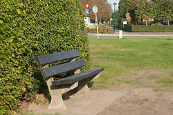 stinzenplanten Hermastate Herematuin Benches outdoor and everywhere