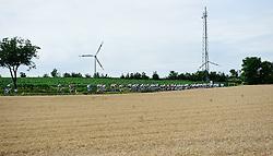 08.07.2011, AUT, 63. OESTERREICH RUNDFAHRT, 6. ETAPPE, HAINBURG-BRUCK AN DER LEITHA, im Bild das Feld // during the 63rd Tour of Austria, Stage 6, 2011/07/08, EXPA Pictures © 2011, PhotoCredit: EXPA/ S. Zangrando