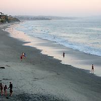 USA, California, San Diego. Swami's Beach at dusk, Cardiff by the Sea (Encinitas).