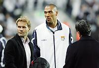 Fotball / Football<br /> UEFA Champions League 2005/2006<br /> 28.09.2005<br /> Rosenborg v Lyon<br /> Photo: Morten Olsen, Digitalsport<br /> <br /> L-R: Bent Skammelsrud (former RBK now TV3), John Carew of Lyon and Erik Soler (Start and TV3).