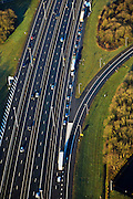 Nederland, Gelderland, Hoevelaken, 01-20-2011.Rijskweg A28 en de A1,.Bij knooppunt Hoevelaken is een file aan het ontstaan..The beginning of traffic jam at junction Hoevelaken..luchtfoto (toeslag), aerial photo (additional fee required) .copyright foto/photo Siebe Swart