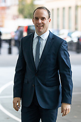 © Licensed to London News Pictures. 21/10/2018. London, UK. Secretary of State for Exiting the European Dominic Raab arriving at BBC Broadcasting House to appear on The Andrew Marr Show this morning. Photo credit : Tom Nicholson/LNP