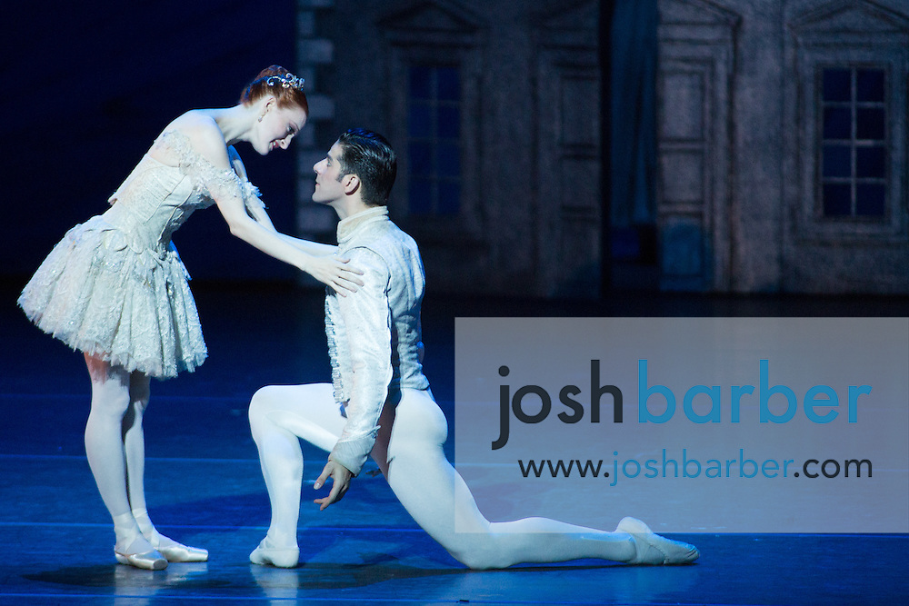 """Gillian Murphy, Marcelo Gomes during American Ballet Theatre's performance of """"The Nutcracker"""" at Segerstrom Center for the Arts on Thursday, December 10, 2015 in Costa Mesa, California. (Photo/Josh Barber)"""