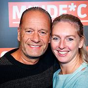 NLD/Amsterdam/20181025 - Inloop Victor Mids Live, Ron Boszhard en partner Emilie Rozenga